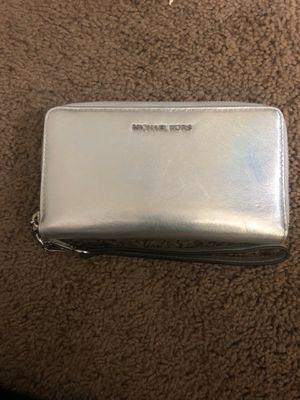 Michael Kors Wallet for Sale in Fresno, CA
