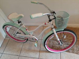 Girl's Bicycle for Sale in Miami, FL
