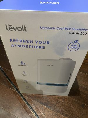 levoit classic 200 ultrasonic cool mist humidifier for Sale in Washington, DC