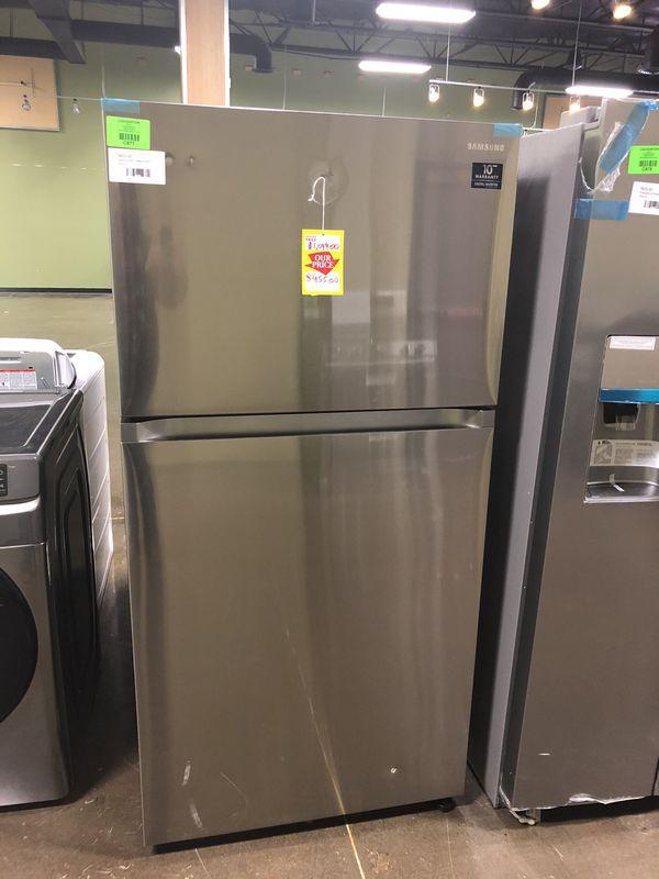 Brand New!!! Samsung refrigerator model: RT21M6213SR F