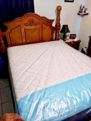 NEW QUEEN MATTRESS AND BOX SPRING INCLUDED 2 PC SET. Bed frame is not included for Sale in Hialeah, FL