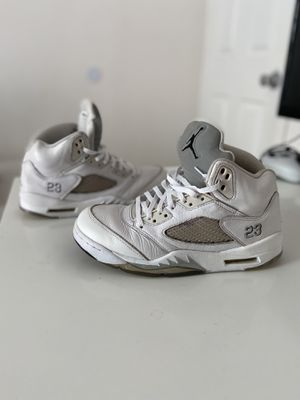 Jordan 5 metallic size 8 40$ firm, other offers will be ignored for Sale in Federal Way, WA