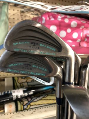 GRAVITY BALANCE GOLF CLUBS for Sale in Corona, CA