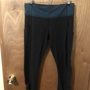 Lululemon Athletica Leggings Size 8 for Sale in Happy Valley, OR