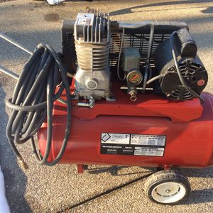 Sears Air Compressor for Sale in West Mifflin, PA