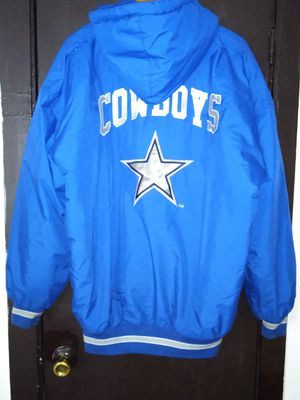Dallas cowboys starter jacket size XL Vibrant for Sale in Chicago, IL