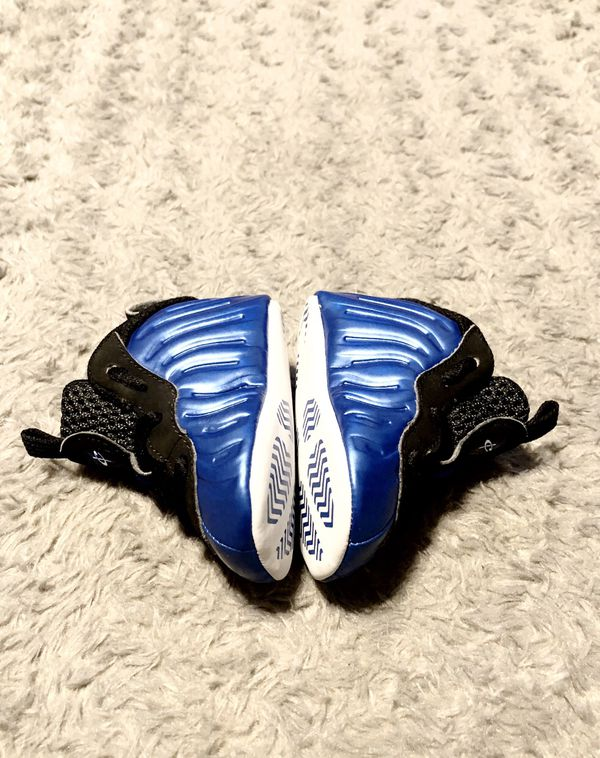 Baby Nike Foam Posites paid $62 size 2C Like New! Barely worn (maybe twice) infant soft bottom Nike Lil'Posite one xx in royal metallic blue