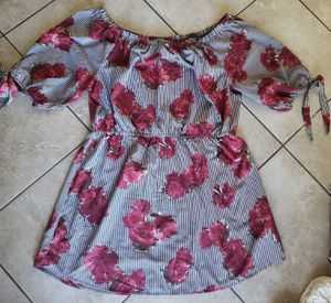 Women's off the shoulder dress size 2xl/3xl for Sale in Monrovia, CA