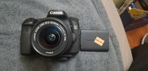 Canon dslr 70D camera with lenses!! for Sale in Herndon, VA