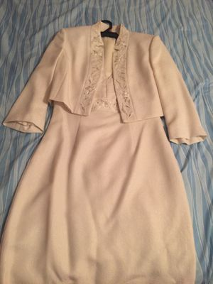 Ivory Tahari Dress 👗 Size 4 for Sale in Del Sur, CA