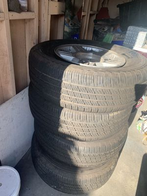 Tires and Rims 265/70/17 for Sale in Santa Fe Springs, CA