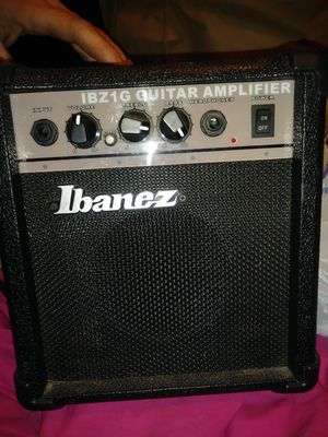 Guitar Amplifier for Sale in East Moline, IL