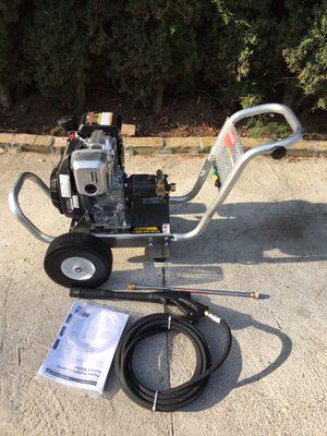 Dayton pressure washer motor honda 2800psi for Sale in Los Angeles, CA