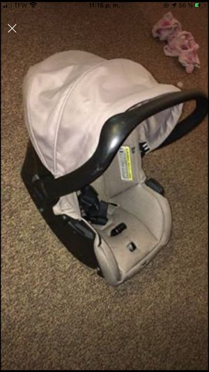 Car seat for Sale in Fort Fairfield, ME