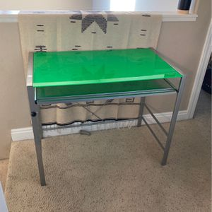 19x34.8 Glass Desk for Sale in Montrose, CO