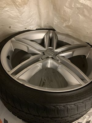 Audi rims 19 inch great condition for Sale in Fort Meade, MD