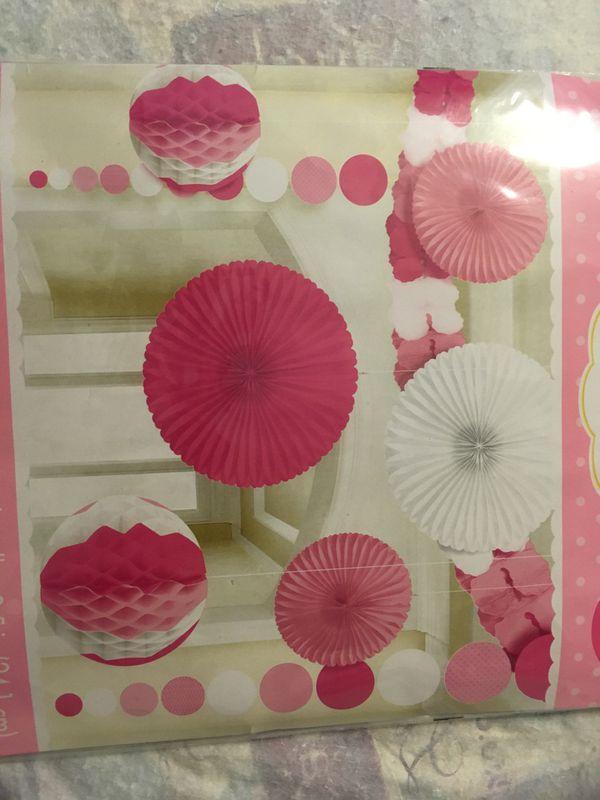 Decorating kit 9pcs total new