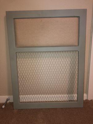Pin/Chicken Wire Board for Sale in Austin, TX