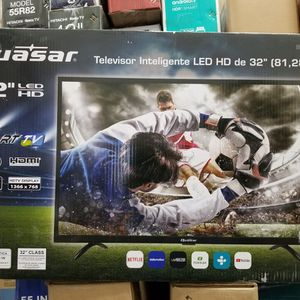 """32"""" LED SMART TV BY Quasar same As PANASONIC. BRAND NEW. 1 Year WARRANTY INCLUDED for Sale in Los Angeles, CA"""