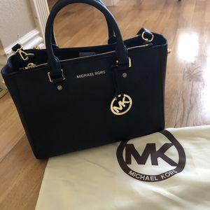Michael Kors Sutton Leather Medium Tote Bag for Sale in Fullerton, CA