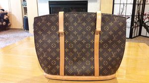 Authentic Louis Vuitton Hand Bag for Sale in Puyallup, WA