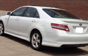 price$1600 Toyota Camry 2011 Town&Country for Sale in Columbus, OH