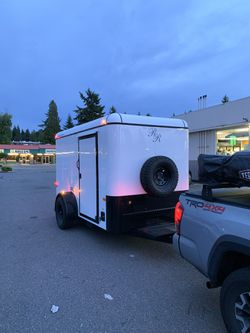 6x10 Enclosed Cargo Trailer for Sale in Bellevue,  WA