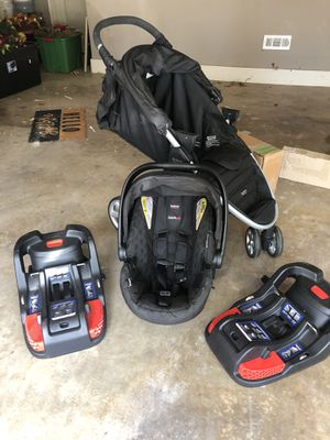 Britax B-Agile System-Click and Go System, plus 1 extra for Dads Car for Sale in Bentonville, AR