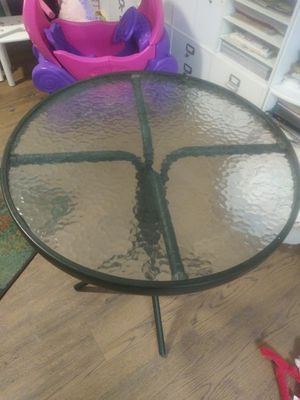 "Small Patio Table!(24""tall × 24"" round top) for Sale in Surprise, AZ"