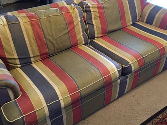 Couch Pull Out for Sale in Lakeland,  FL