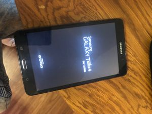 """Samsung galaxy tablet 4 7"""" smt230nu for Sale in Leland, IA"""
