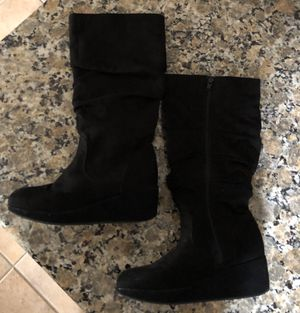 Girls CANDIES black tall zip up boots size 5 for Sale in Riverside, CA