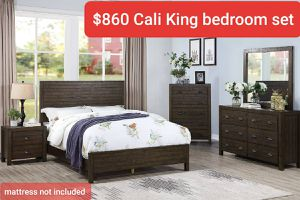 Cal King bedroom set mattress not included for Sale in Glendora, CA