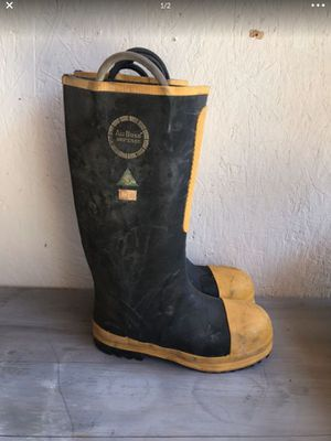 Construction rain boots for Sale in Loma Linda, CA