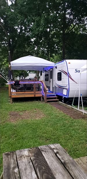 28 ft travel trailer for Sale in Willis, TX