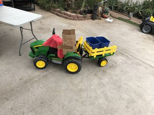 John deer tractor 🚜 with trailer for Sale in Mesa, AZ