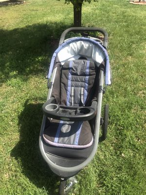 Jogging stroller for Sale in Browns Summit, NC