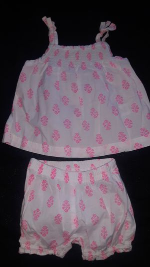 🌸CARTERS 2 PIECE DRESS 2MONTHS🌸 for Sale in Modesto, CA