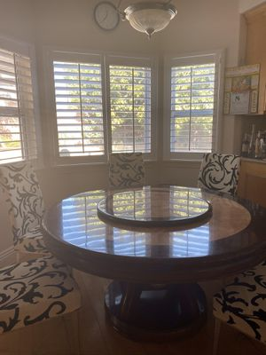Dining table for Sale in Arcadia, CA