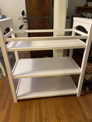 Graco changing table white for Sale in San Diego, CA