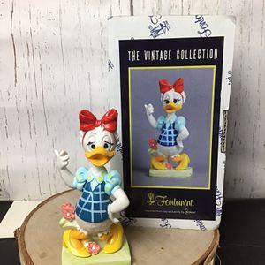 Disney The Vintage Collection Fontanini Daisy Figure for Sale in Pompano Beach, FL