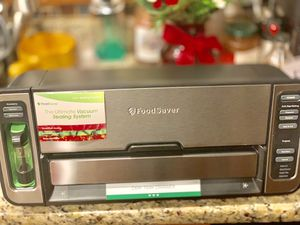 F oodSaver FM5860 Vacuum Sealer Machine with Express Bag Maker & Auto Bag Dispense and Rewind for Sale in Washington, DC