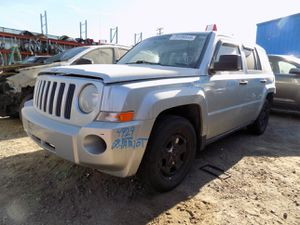 2008 Jeep Patriot 2.4L (PARTING OUT) for Sale in Fontana, CA