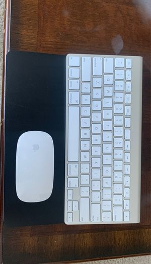 Apple key board and mouse wireless for Sale in New Rochelle, NY