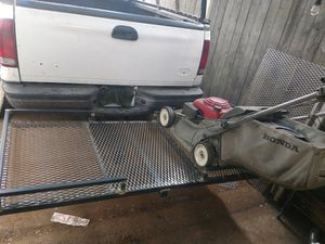 lawnmowers Carrier basket. futs 2 machines. and. space. to walk in the middle for Sale in Renton, WA