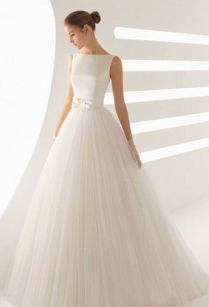 Wedding Gown - Rosa Clara Aida for Sale in Chicago, IL