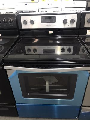 NEW Stainless steel electric range for Sale in Cleveland, OH