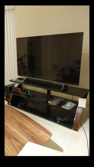 Tempered Glass TV stand (Disassembled) for Sale in Reston, VA
