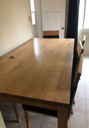 Dining room table make offer for Sale in Riverside, CA