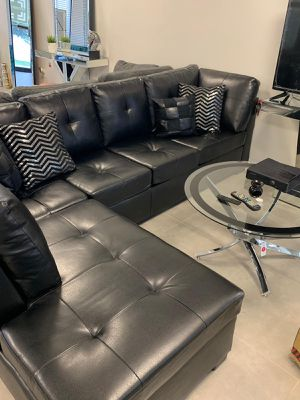 Black bonded leather sofa sectional for Sale in North Miami Beach, FL